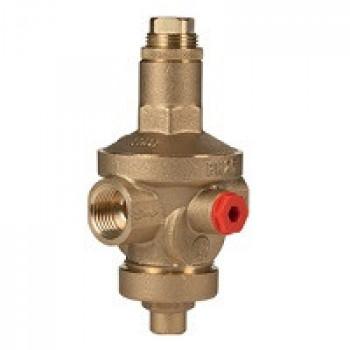 Регулятор давления мембранный латунь R153M Ду 15 Ру25 G1/2 ВР Рн=1,5 - 7бар с вых. под маном. GiacominiR153MY003